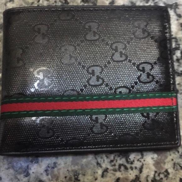 Gucci Handbags - Gucci wallets